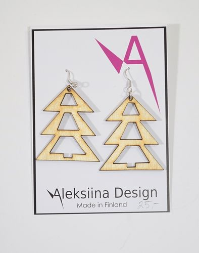 Aleksiina Spruce Earrings Wood