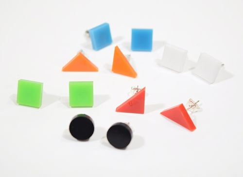 Aleksiina Basic Shape Studs Earrings Many Colors