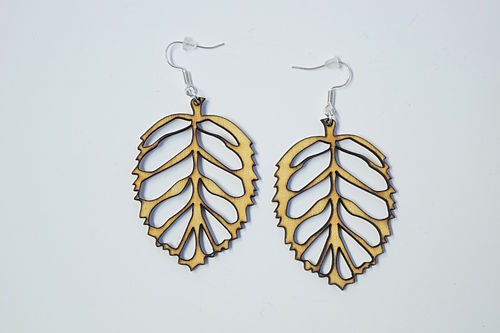 Aleksiina Leaf Earrings Birch Plywood 5 cm