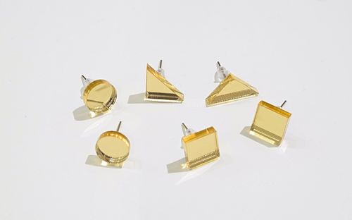 Aleksiina Basic Shape Studs Earrings Goldmirror
