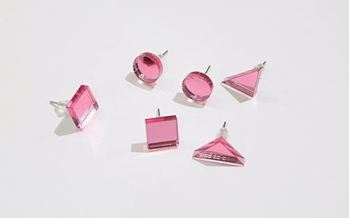 Aleksiina Basic Shape Studs Earrings Pinkmirror