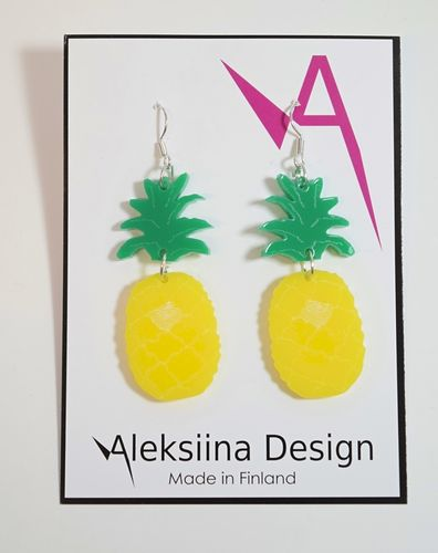 Aleksiina Pineapple Earrings