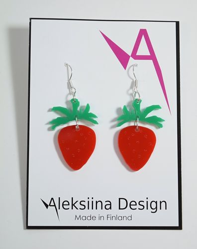 Aleksiina Strawberry Earrings