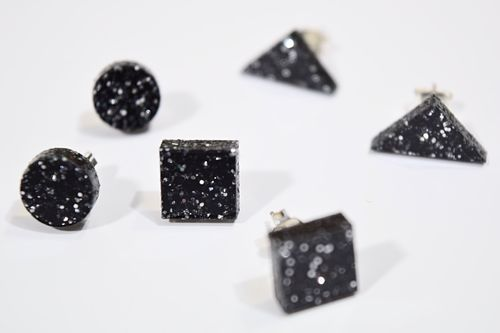 Aleksiina Basic Glitter Stud Earrings Black